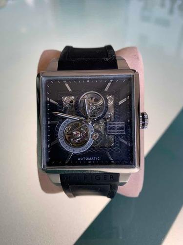 Maravilhoso Relógio Tommy Hilfiger Automatic (corda)