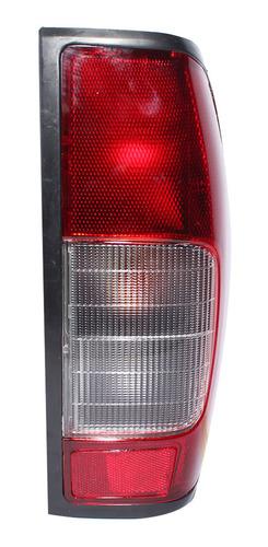 Foco Trasero Derecho Nissan D22x 2.5 Terrano 09-15