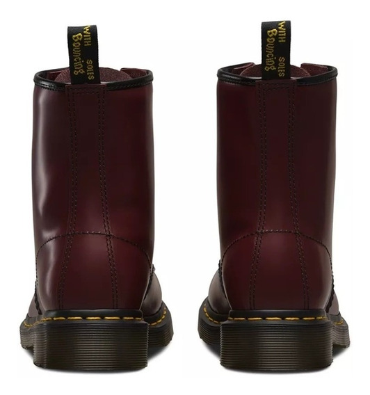 Borcegos Doctor Martens. Smooth Cherry Red