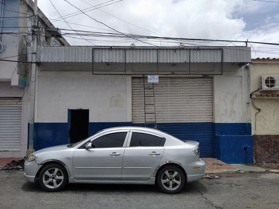 Local En Alquiler Calle Cantaura