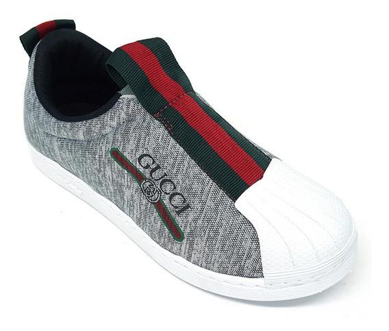 Kit Com Um Chinelo Tênis Gucci Superstar Cinza E Branco