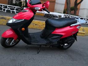 Suzuki Motoneta Scooter 125 Cc