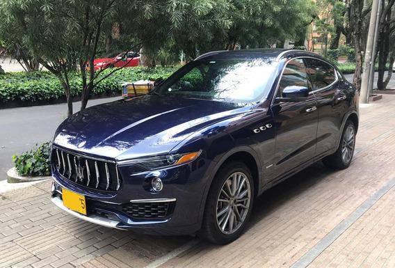 Maserati Levante S Granlusso - Azul Pasión