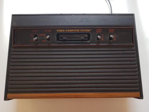 Console Atari Frente De Madeira Funcionando Perfeitamente