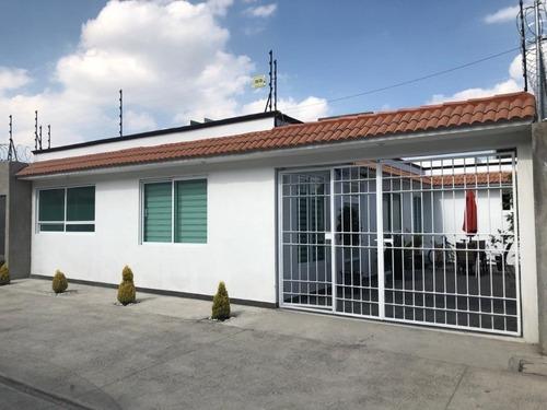 Casa En Venta En La Macarica, Cacalomacan, Toluca Y Metepec
