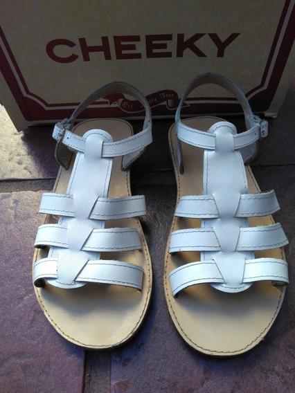 Sandalias Cheeky Blancas Talle 32 Excelentes Cuero