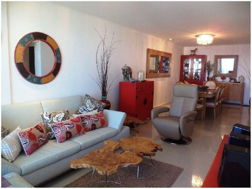 Apartamento En Alquiler Por Temporada De 3 Dormitorios En Playa Brava
