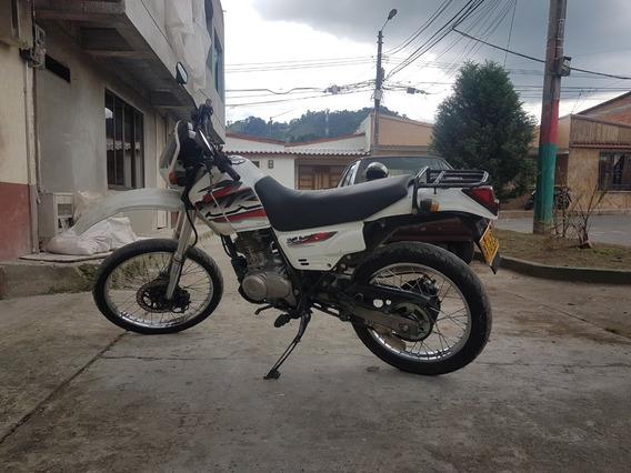 Moto Honda Xlr 125 - Freno Disco Delantero Y Trasero