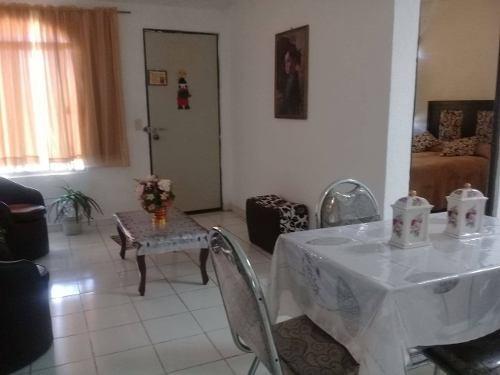 Casa En Renta De La Junta, San Miguel Del Cortijo