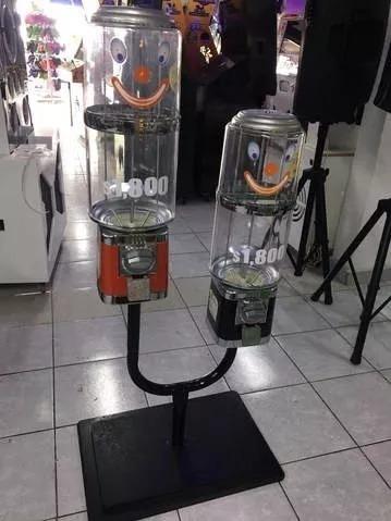 2 Chicleras Rojas Altas Con Base De U Monedero 1 Y 2 Pesos