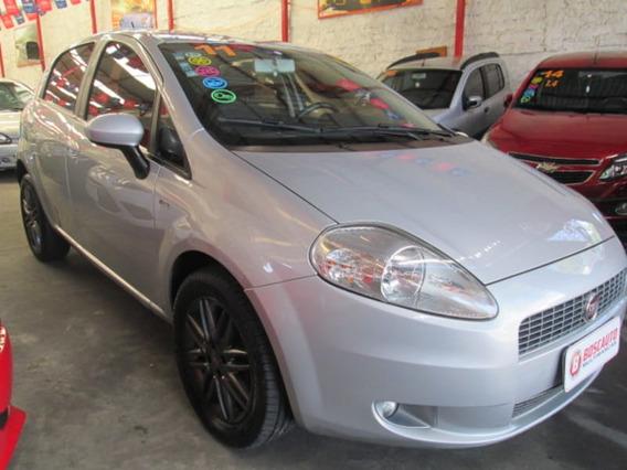 Fiat Punto Essence 1.8 16v 5p 2011
