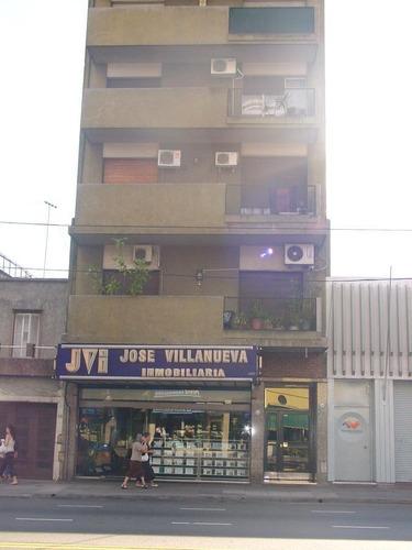 Departamento De 2 Ambientes Lateral - Villa Del Parque
