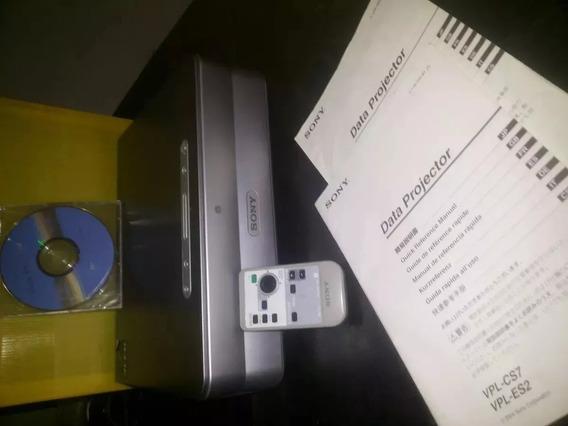 Projetor Sony Vpl-cs7 Com Falhas Na Imagem Esverdeada Promo