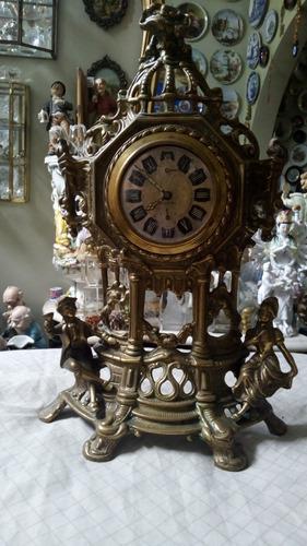 Vendo Reloj Antiguo De Bronce Funciona Perfecto  De Cuerda