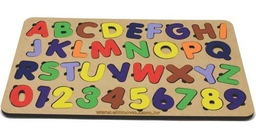 Imagem 1 de 2 de Jogo Encaixe Educativo Tabuleiro Alfabeto E Número Brinquedo