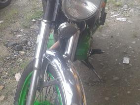 Suzuki Ax100 2