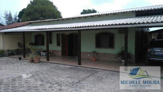 Casa 4 Dormitórios Ou + Para Venda Em Araruama, Iguabinha, 4 Dormitórios, 2 Suítes, 2 Banheiros, 5 Vagas - 158_2-378893