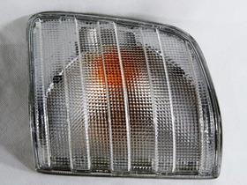 Lanterna Seta Esquerda Mercedes Benz 1218  Pp197
