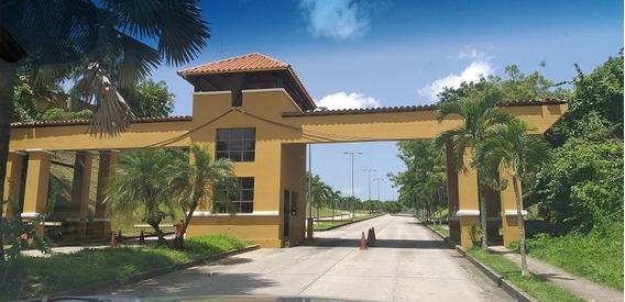 Casa En Venta En Lomas Del Country, Valencia. Saruett Romero