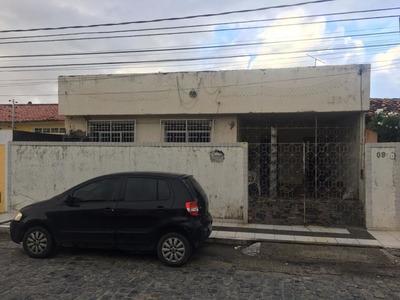 Casa No Bairro Luzia, Próximo Ao Colegio Poeta Garcia Rosa - Cp6439