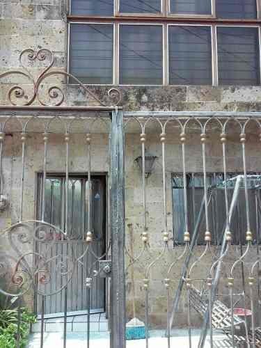 Se Vende Casa Con Bodega En La Aurora, Guadalajara, Jalisco