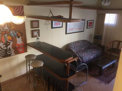 Flat Com Suite E Lavabo. Possui Piscina, Academia E Sauna.