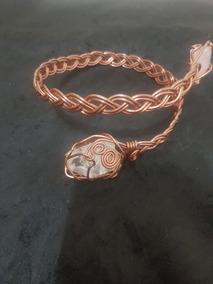 Bracelete Medieval Feito De Cobre Com Cristal Natural .