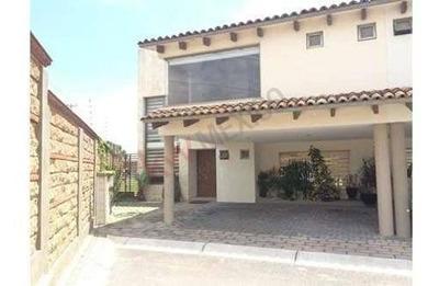 Casa En Venta En Valle De Las Fuentes, Calimaya