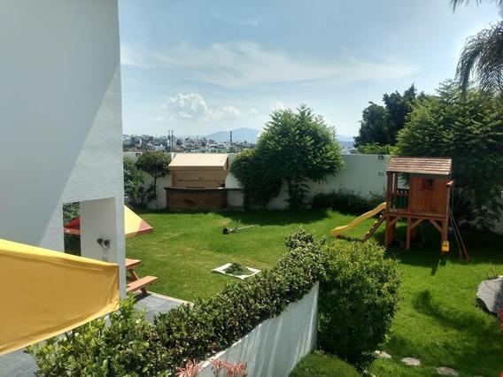 Casa De 5 Habitaciones Tipo Campestre Juriquilla