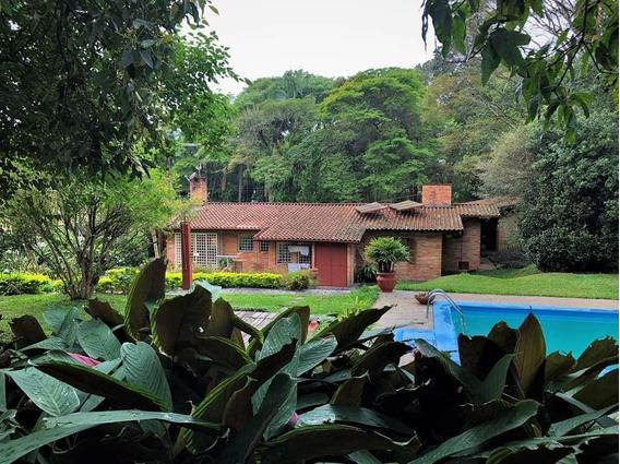 Casa Com 3 Dormitórios À Venda, 482 M² Por R$ 2.000.000 - Granja Viana - Cotia/sp - Ca0253