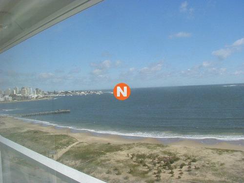 Apartamento En Venta Y Alquiler, Mansa, Punta Del Este, 3 Dormitorios.- Ref: 762