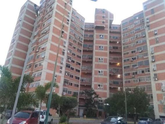 Apartamento En Ventas Barquisimeto Codigo Flex 20-10231 Mg