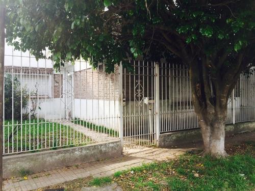 Casa 5 Ambientes C/ Parque, Venta Berazategui