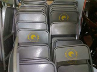 Sillas Metalicas Plegables Seminuevas Disponible 38 Piezas