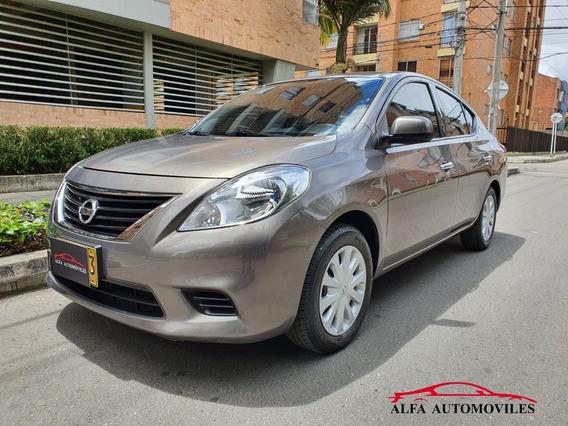Nissan Versa Sense 1.600cc A/t C/a 2014