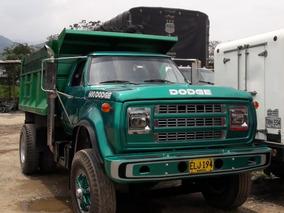 Volqueta Dodge 600