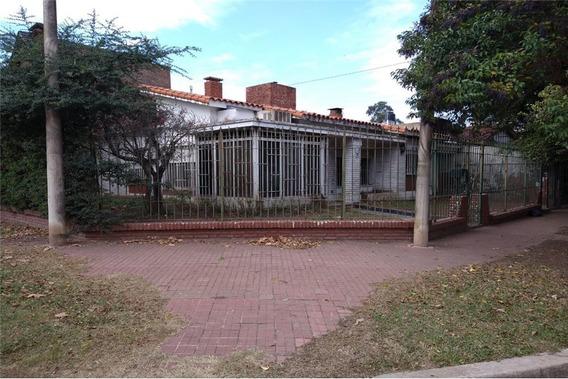 Casa De 3 Dormitorios Alberdi