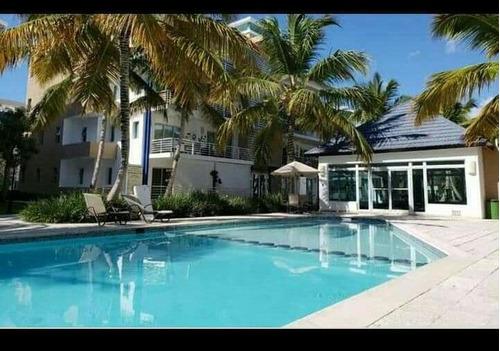 Apartamento En Punta Cana Village En El Área Nueva De Venta