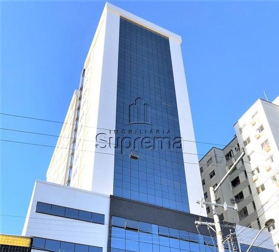 Manhattan Office - 758