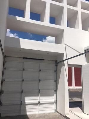 Casa A La Venta En Fraccionamiento Reforma, Veracruz