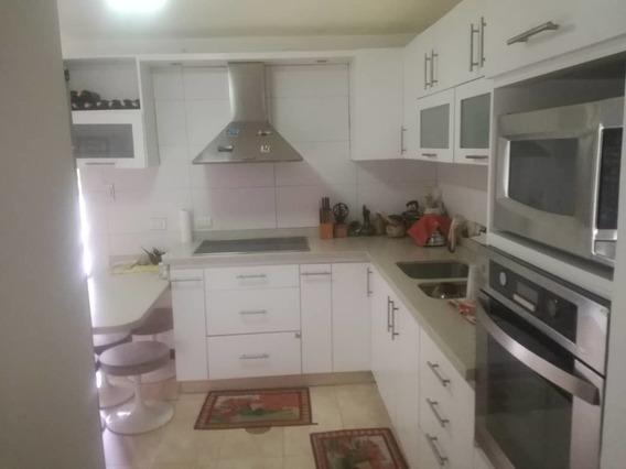 Hermosa Casa Macaracuay En Venta /04126023699 Marina.g