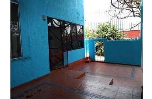 Casa En Venta En Fraccionamiento Joyas Del Oriente Con 75 M2 De Excedente De Terreno