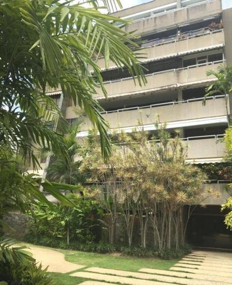 Amplio Apartamento En Alquiler Ubicado En Altamira