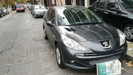 Peugeot 207 1.4 Sedan Hdi Xt 2011