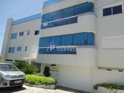 Apartamento À Venda, 3 Quartos, 2 Suítes, 2 Vagas, Centro De Bombinhas - Bombinhas/sc - 7082