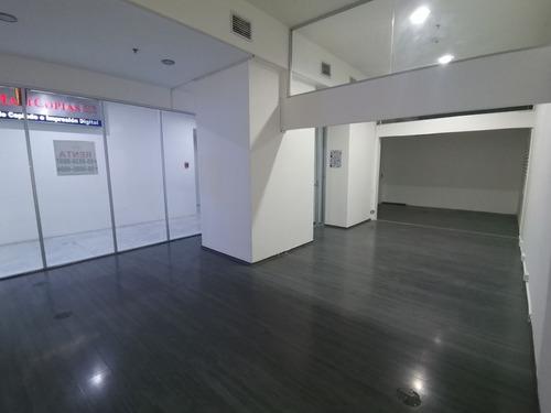 Imagen 1 de 9 de Local En Renta 55 M2 , Dentro Del Centro Comercial Torre Wtc