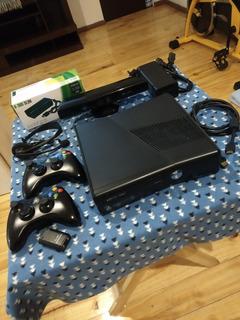 Xbox 360 Slim, Consola Con Disco Duro De 120gb Impecable