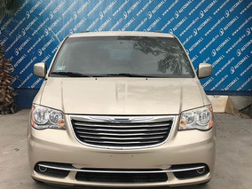 Chrysler Town & Country 3.6 Touring Mt 2014 (7091)