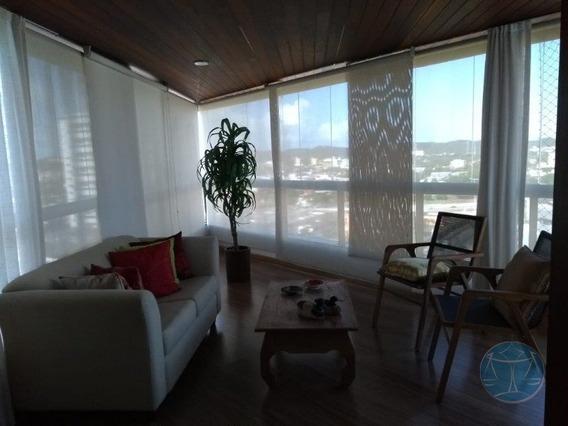 Apartamento 27m² Em Candelaria, 04 Suites - V-10707