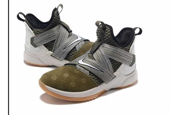 Tênis Nike Lebron James Soldier 12 - Tamanho 44